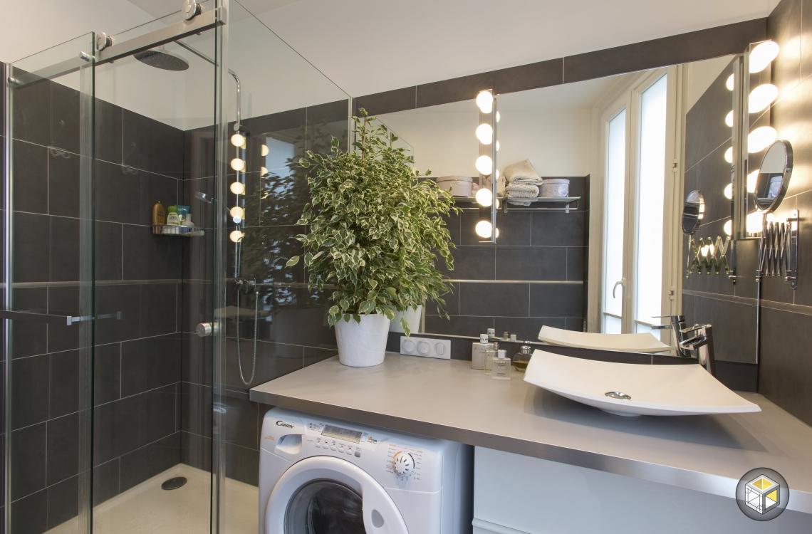 salle de bain douche vasque machine à laver