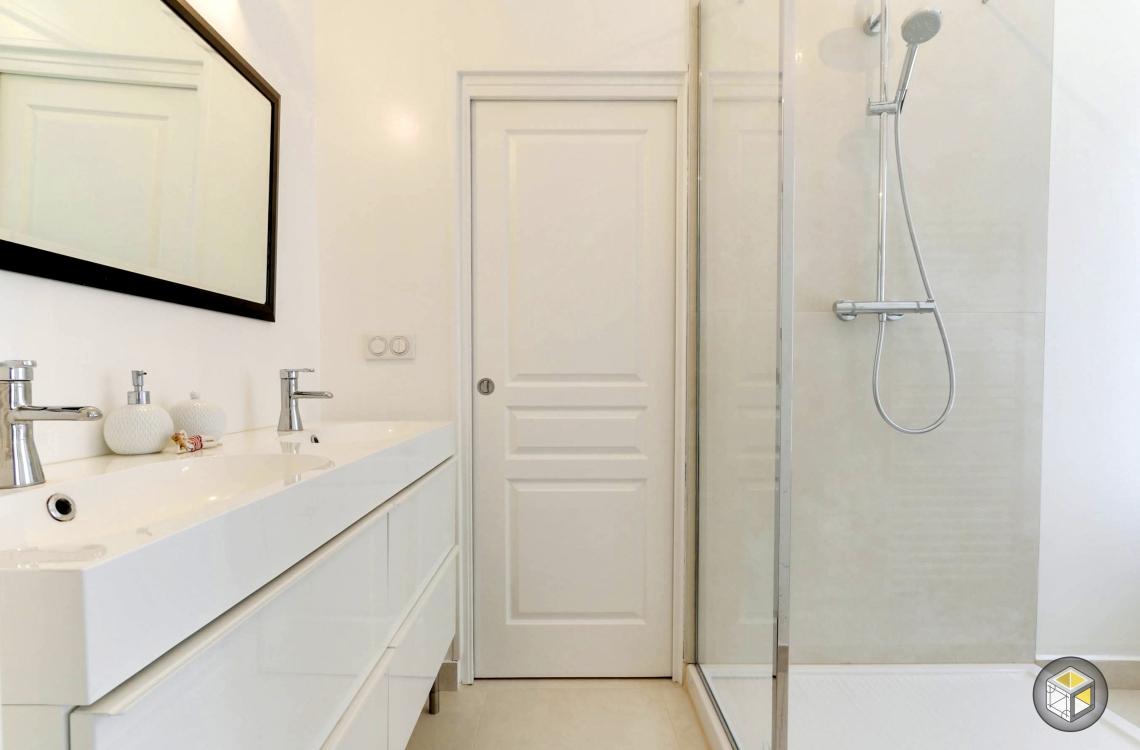 salle de bain meuble double vasque douche