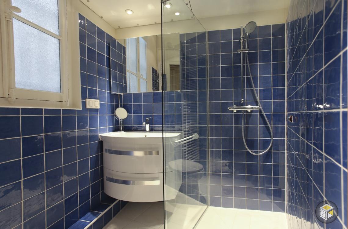 salle de bain douche meuble