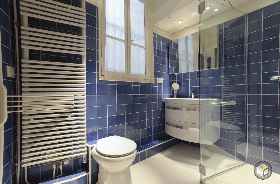 salle de bain radiateur sèche serviette wc